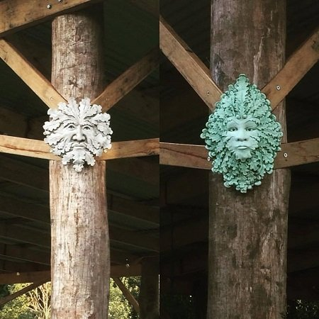 Green man & Green lady on the corners of our 'living room'