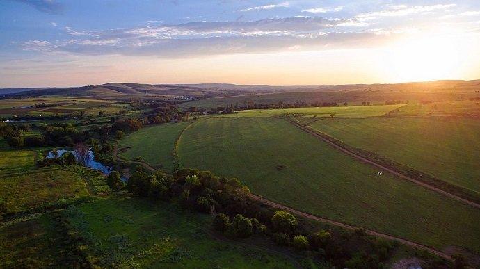 Image Attribution: South African Farm: Ryan BY CC 4.0