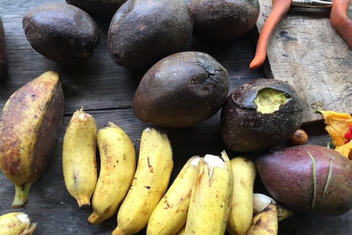 Bananas & Avos